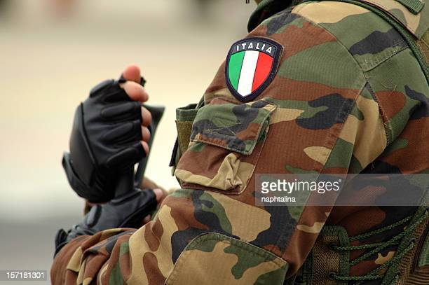 armed soldier - detail 2 - italian military stock pictures, royalty-free photos & images