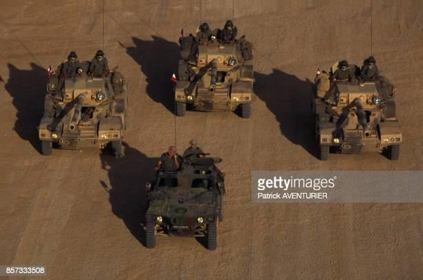 L'armee francaise ici des blindes Sagaie a Hodur pour l'operation militaire Restore Hope en janvier 1993 en Somalie