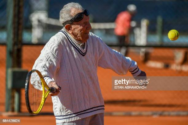 Armenianborn Argentine 100yearold Artyn Elmayan plays tennis at the River Plate Club in Buenos Aires on May 16 2017 Elmayan survived the Armenian...