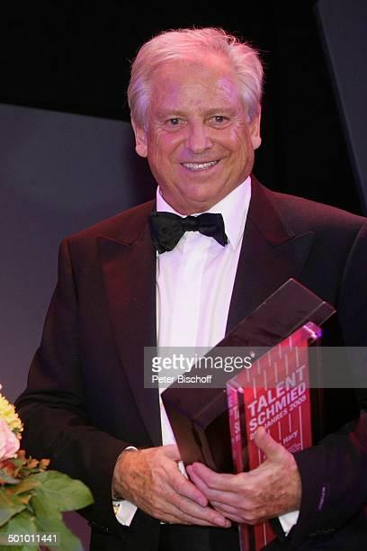 """Armin Hary , Gala """"24. Sportpresseball"""", Motto: """"Titel, Tanz und Tore"""", """"Alte Oper"""", Frankfurt, Deutschland, , P.-Nr. 1443/2005, Auszeichnung..."""