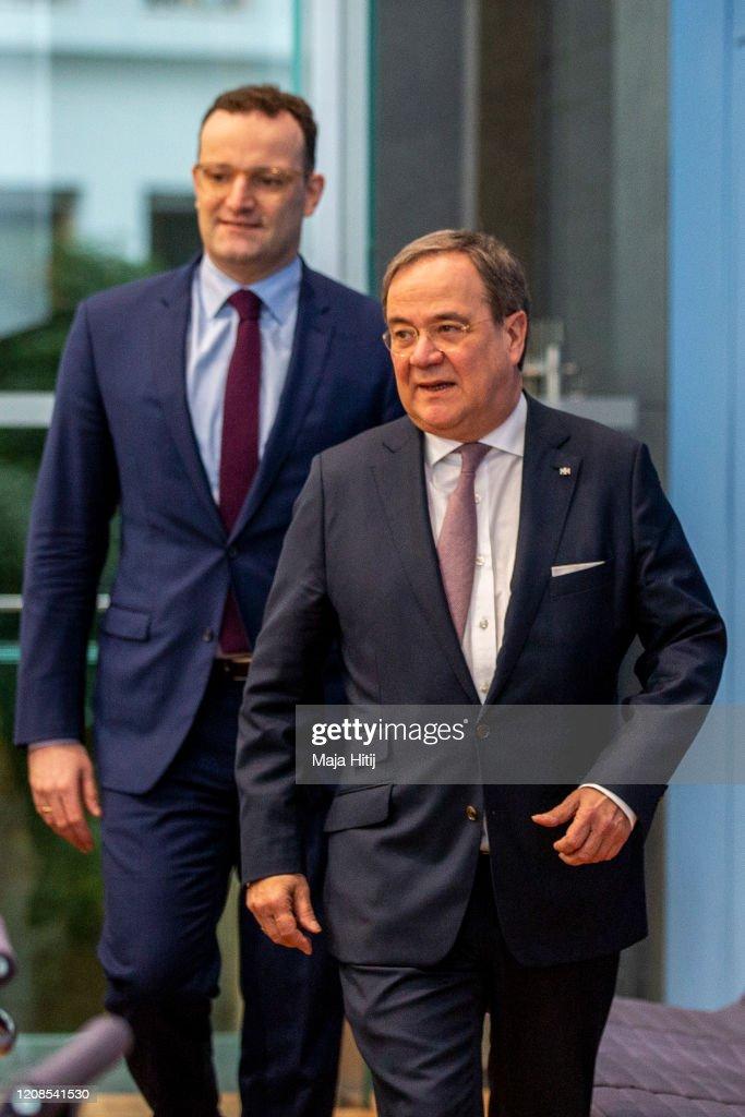 Merz And Laschet Announce CDU Leadership Candidacies, Spahn Declines : ニュース写真