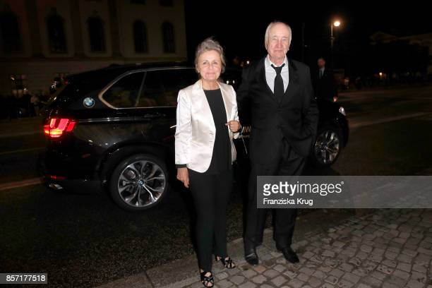 Armin MuellerStahl and his wife Gabriele Scholz attend the ReOpening of the Staatsoper Unter den Linden on October 3 2017 in Berlin Germany