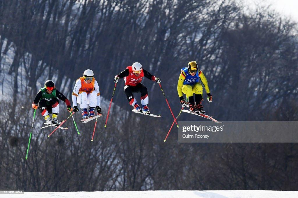 Freestyle Skiing - Winter Olympics Day 12 : ニュース写真