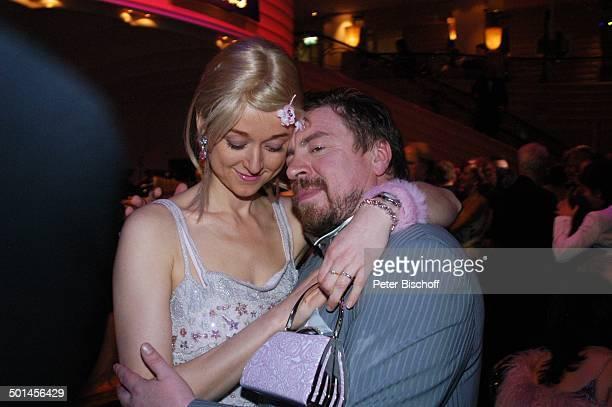 """Armin Rohde, Ehefrau Angela Baronin von Schilling, 32. """"Deutscher Filmball"""", Hotel """"Bayerischer Hof"""", München, Bayern, Deutschland, Europa, Gala,..."""