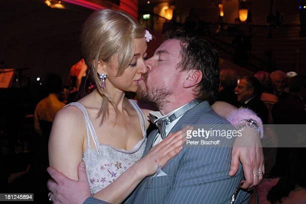 """Armin Rohde, Ehefrau Angela Baronin von Schilling, """"32. Deutscher Filmball"""", München, Bayern, Deutschland, Europa, ,"""