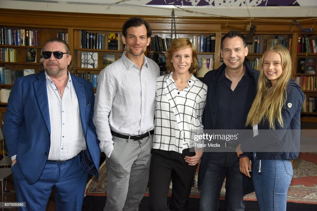 Armin Rohde, Torben Liebrecht, Franziska Weisz, Sebastian Fitzek and Lina Hueesker during the RTL Event Movie 'Das Joshua-Profil' Photocall In Berlin on August 22, 2017 in Berlin, Germany.