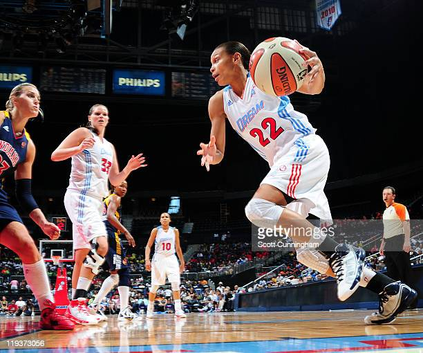 Armintie Price of the Atlanta Dream drives against the Indiana Fever at Philips Arena on July 19 2011 in Atlanta Georgia NOTE TO USER User expressly...