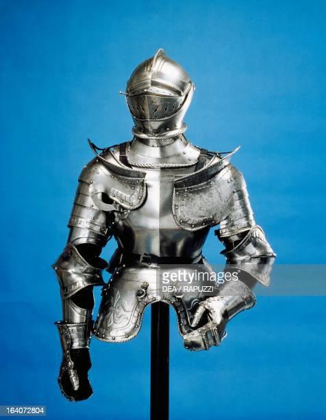 Armour of the manatarms made in northern Germany ca 1530 Germany 16th century Brescia CastelloMastio Visconteo Museo Civico Delle Armi Luigi Marzoli