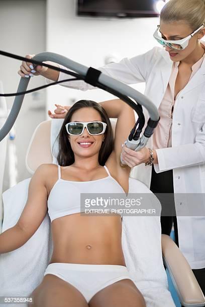 Armpit epilation treatment