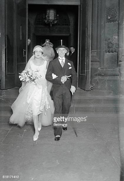 Armstrong Couple Society Fashionable Marriage New York Wedding of interest in fashionable circles was that of Miss Natalie Burleigh Conkling of New...
