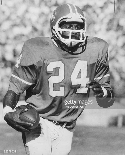 OCT 30 1974 OCT 3 1975 SEP 3 1976 Armstrong Otis Individuals Denver Broncos Otis Armstrong Running for the Broncos Sets sights on first NFL 1000yard...