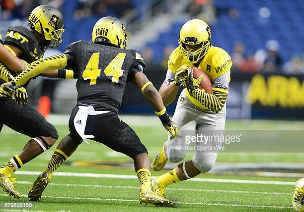 S Army AllAmerican Bowl West Team running back Chris Warren during the US Army AllAmerican Bowl in the Alamodome in San Antonio Texas