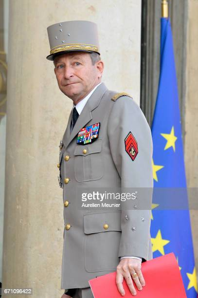 Army Commander in Chief General Pierre de Villiers arrives at Elysee Palace for a defense councilon April 21 2017 in Paris France One police officer...