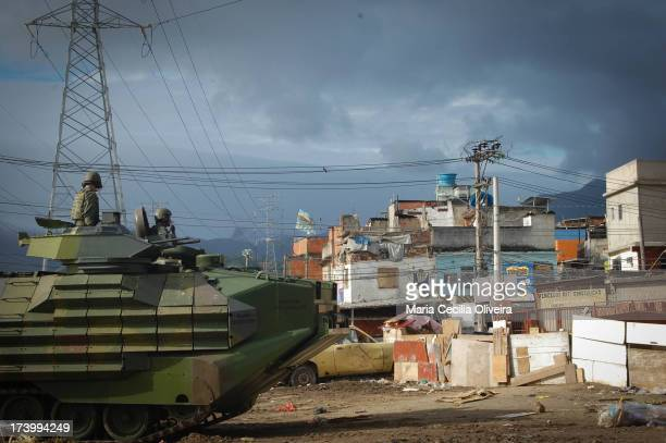 CONTENT] Army helps military police occupation is the installation of the Police Pacification Unit the Complex of Slums Manguinhos Jacarézinho and...