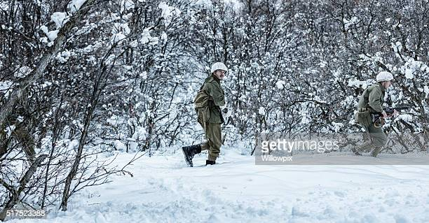 WWII US Army Infantry Combat Soldiers Platoon Winter Stealth Patrol