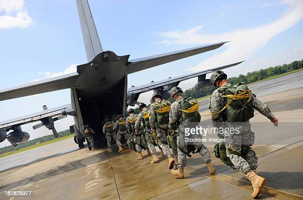 u.s. army rangers board a u.s. air force mc-130 combat talon ii. - paratrooper stock pictures, royalty-free photos & images