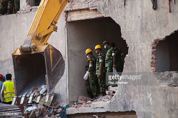 CONTENT] Army rescue worker at Rana plaza Savar