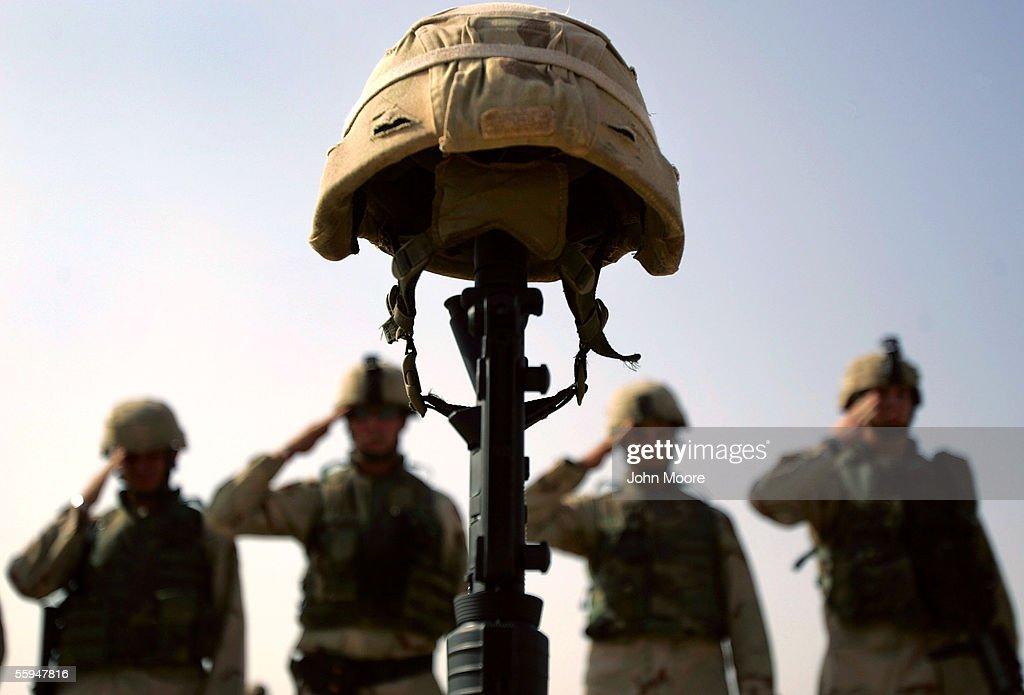 U.S. Troops Honor Fallen Comrade Near Dujail : News Photo