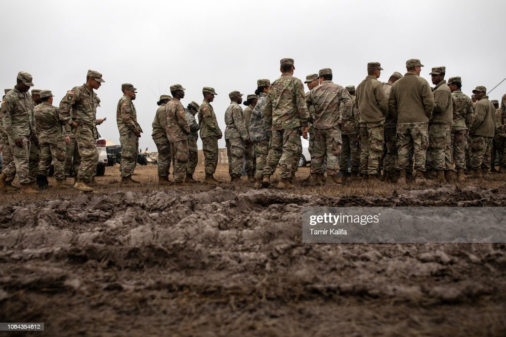 Troops Deployed To U.S. Mexican Border In Texas Celebrate Thanksgiving : News Photo