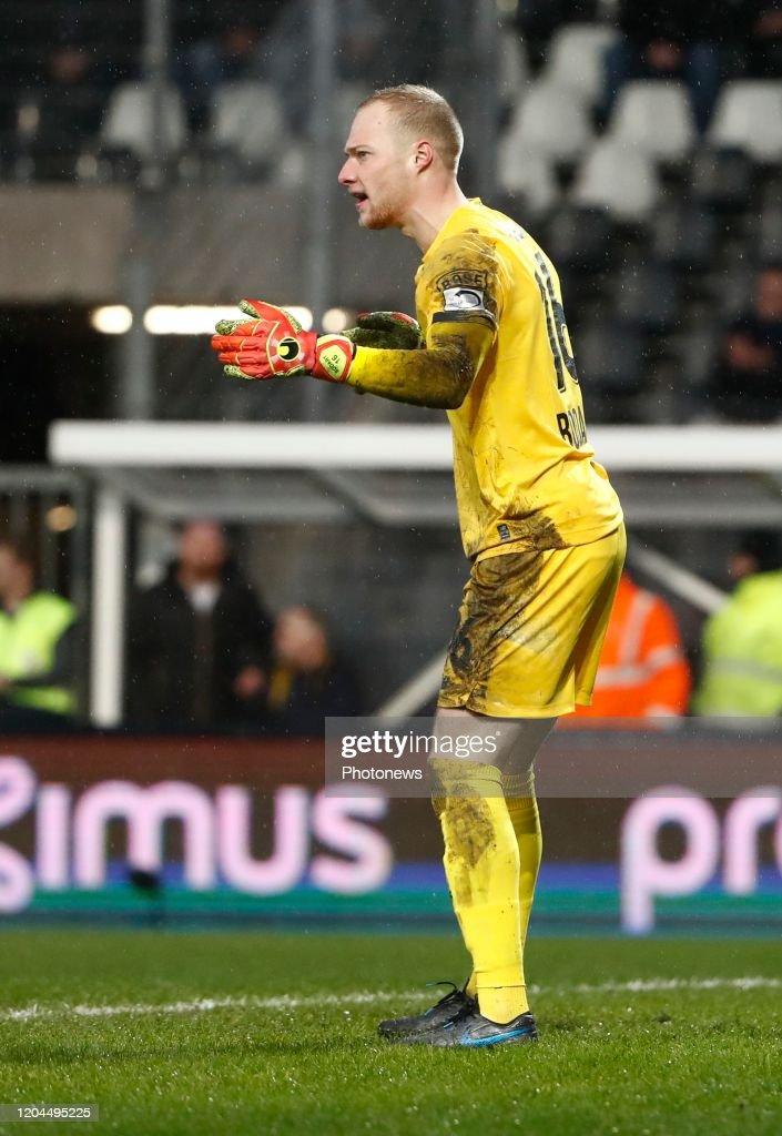 Arnaud Bodart Goalkeeper Of Standard Liege During The Jupiler Pro News Photo Getty Images