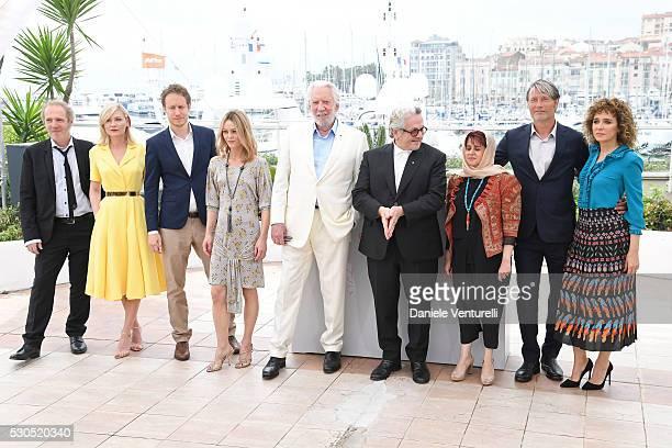 Arnaud Desplechin Kirsten Dunst Laszlo Nemes Vanessa Paradis George Miller Katayoon Shahabi Mads Mikkelsen and Valeria Golino attend the Jury...