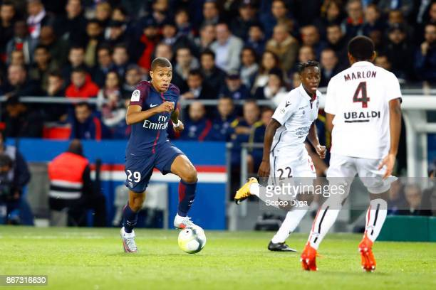 Arnaud Lusamba Santos Marlon of OGC Nice and Kilian Mbappe of Paris Saint Germain during the Ligue 1 match between Paris Saint Germain and OGC Nice...