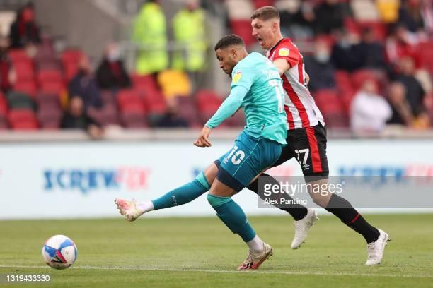 Arnaut Danjuma of AFC Bournemouth scores their sides first goal during the Sky Bet Championship Play-off Semi Final 2nd Leg match between Brentford...