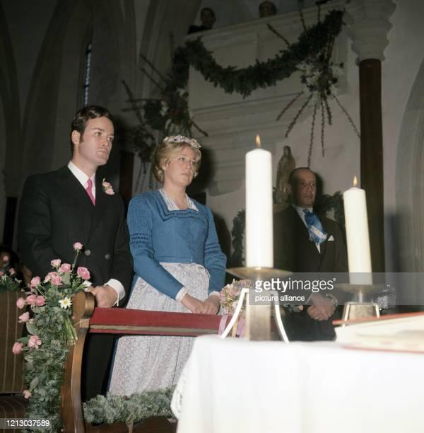 Arndt von Bohlen und Halbach, der Sohn des verstorbenen Großindustriellen Alfried Krupp von Bohlen und Halbach, mit seiner Frau, Prinzessin Henrietta...