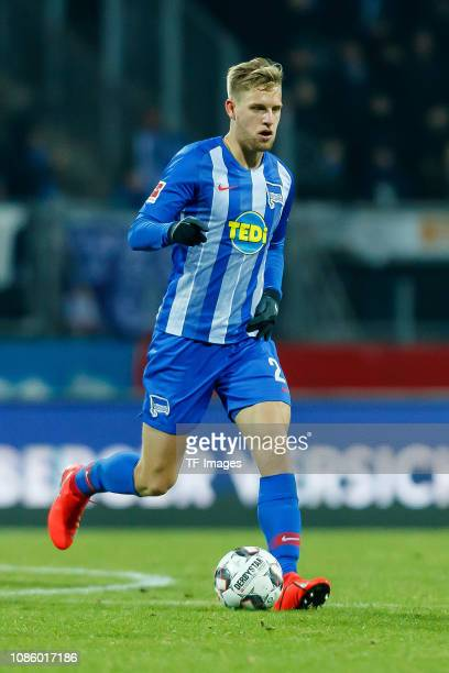 Arne Maier of Hertha BSC controls the ball during the Bundesliga match between 1 FC Nuernberg and Hertha BSC at MaxMorlockStadion on January 20 2019...