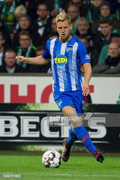 Arne Maier of Hertha BSC controls the ball during the Bundesliga match between SV Werder Bremen and Hertha BSC at Weserstadion on September 25 2018...