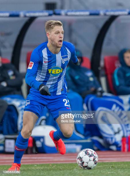 Arne Maier of Hertha BSC runs with the ball during the Bundesliga match between 1 FC Nuernberg and Hertha BSC at MaxMorlockStadion on January 20 2019...