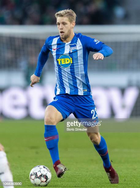 Arne Maier of Hertha BSC runs with the ball during the Bundesliga match between Hannover 96 and Hertha BSC at HDIArena on December 1 2018 in Hanover...
