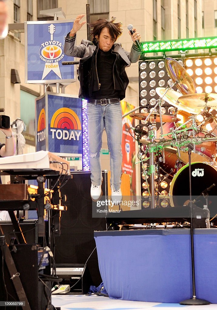 """Journey Performs On NBC's """"Today"""" : News Photo"""