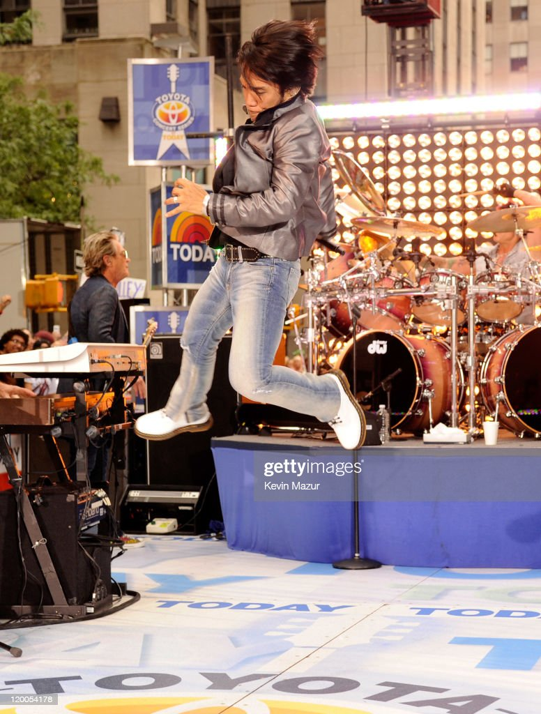 "Journey Performs On NBC's ""Today"" : News Photo"