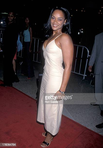 Arnelle Simpson attends The Best Man Century City Premiere on October 14 1999 at the Cineplex Odeon Century Plaza Cinemas in Century City California