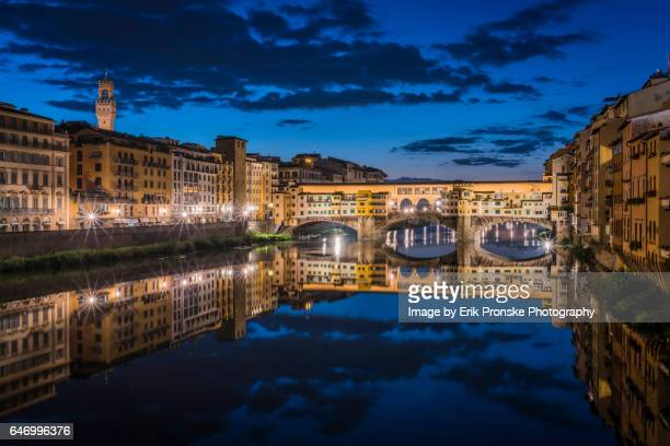 arno river and the ponte vecchio - florence italy stock pictures, royalty-free photos & images