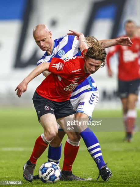 Arno van Keilegom of Helmond Sport, Elmo Lieftink or De Graafschap during the Dutch Kitchen champion division match between De Graafschap and Helmond...