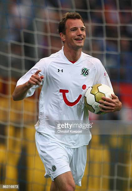 Arnold Bruggink of Hannover celebrates his first goal during the Bundesliga match between VfL Bochum and Hannover 96 at the rewirpower stadium on May...