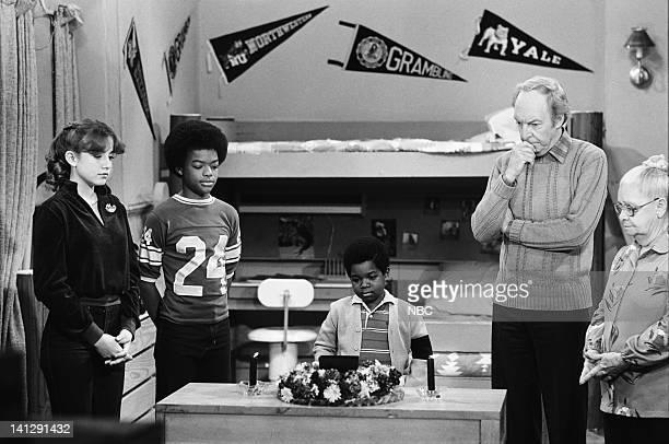 RENT STROKES Arnold Faces Fatality Episode 25 Pictured Dana Plato as Kimberly Drummond Todd Bridges as Willis Jackson Gary Coleman as Arnold Jackson...