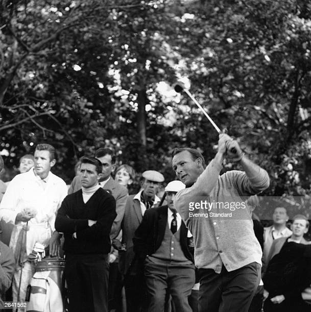 Arnold Palmer American golfer in action on his way to winning the Piccadilly World Match Play Original Publication People Disc HN0498