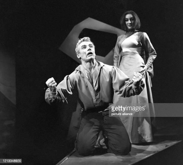 """Arnold Schönbergs Wunsch, an einem Abend seine drei Opern """"Erwartung"""", """"Die glückliche Hand"""" und """"Von heute auf morgen"""" aufzuführen, hat zu seinen..."""