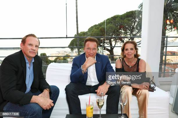 Arnold Schwarzenegger and guests attend a dinner hosted by Jamie Reuben Michael Kives with Arnold Schwarzenegger to celebrate JeanMichel Cousteau's...