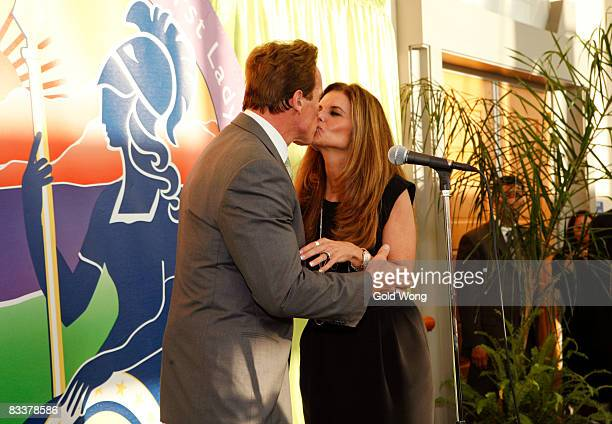 Arnold Schwarzenegger and Maria Shriver attend The 2008 Women's Conference on October 21, 2008 in Long Beach, California.