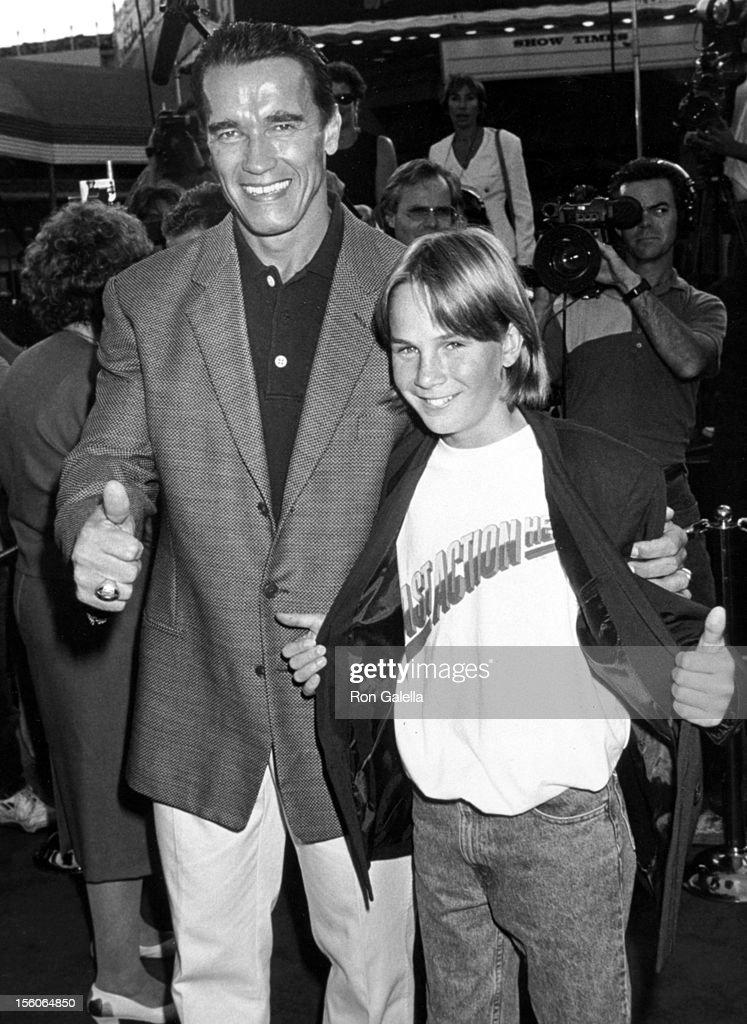 Arnold Schwarzenegger File Photos : News Photo