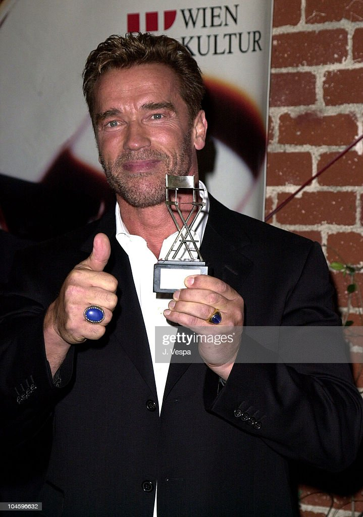 arnold schwarzenegger receives the billy wilder for his achievement