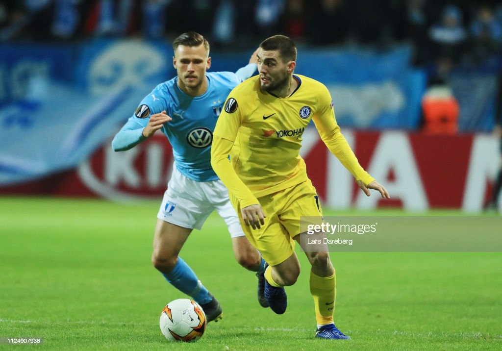 Malmo FF v Chelsea - UEFA Europa League Round of 32: First Leg : News Photo