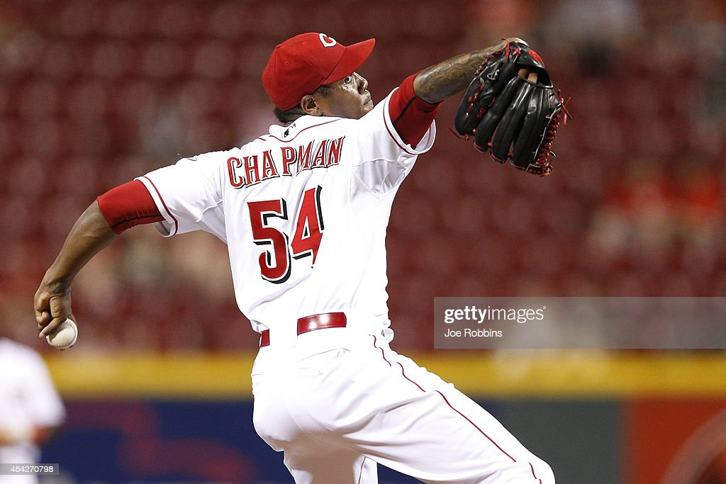 Aroldis Chapman #54 of the Cincinnati Reds pitches in the ninth inning of the game against the Chicago Cubs at Great American Ball Park on August 27, 2014 in Cincinnati, Ohio. The Reds won 7-5.