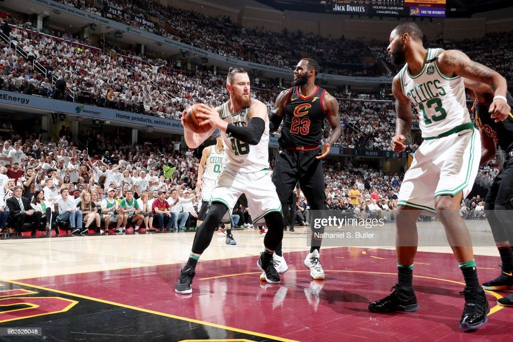 Boston Celtics v Cleveland Cavaliers - Game Six : Fotografia de notícias