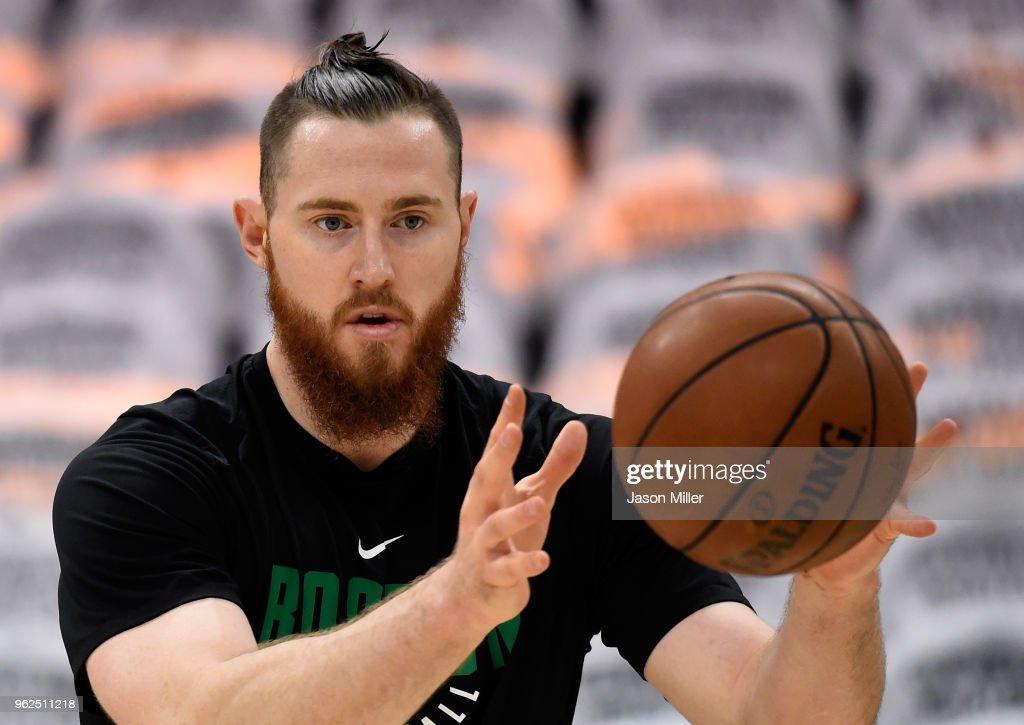 Boston Celtics v Cleveland Cavaliers - Game Six : News Photo