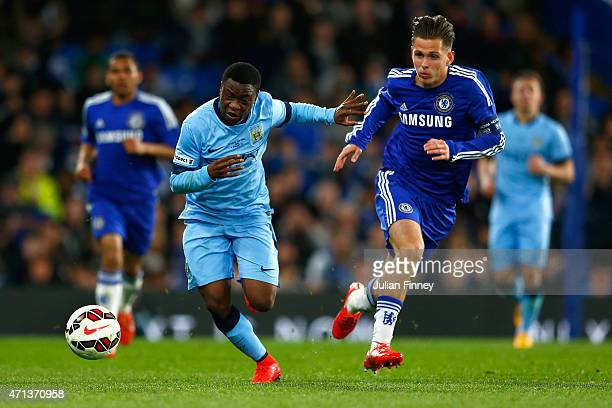 Aron Nemane of Man City battles with Charlie Colkett of Chelsea during the FA Youth Cup Final second leg match between Chelsea and Manchester City at...